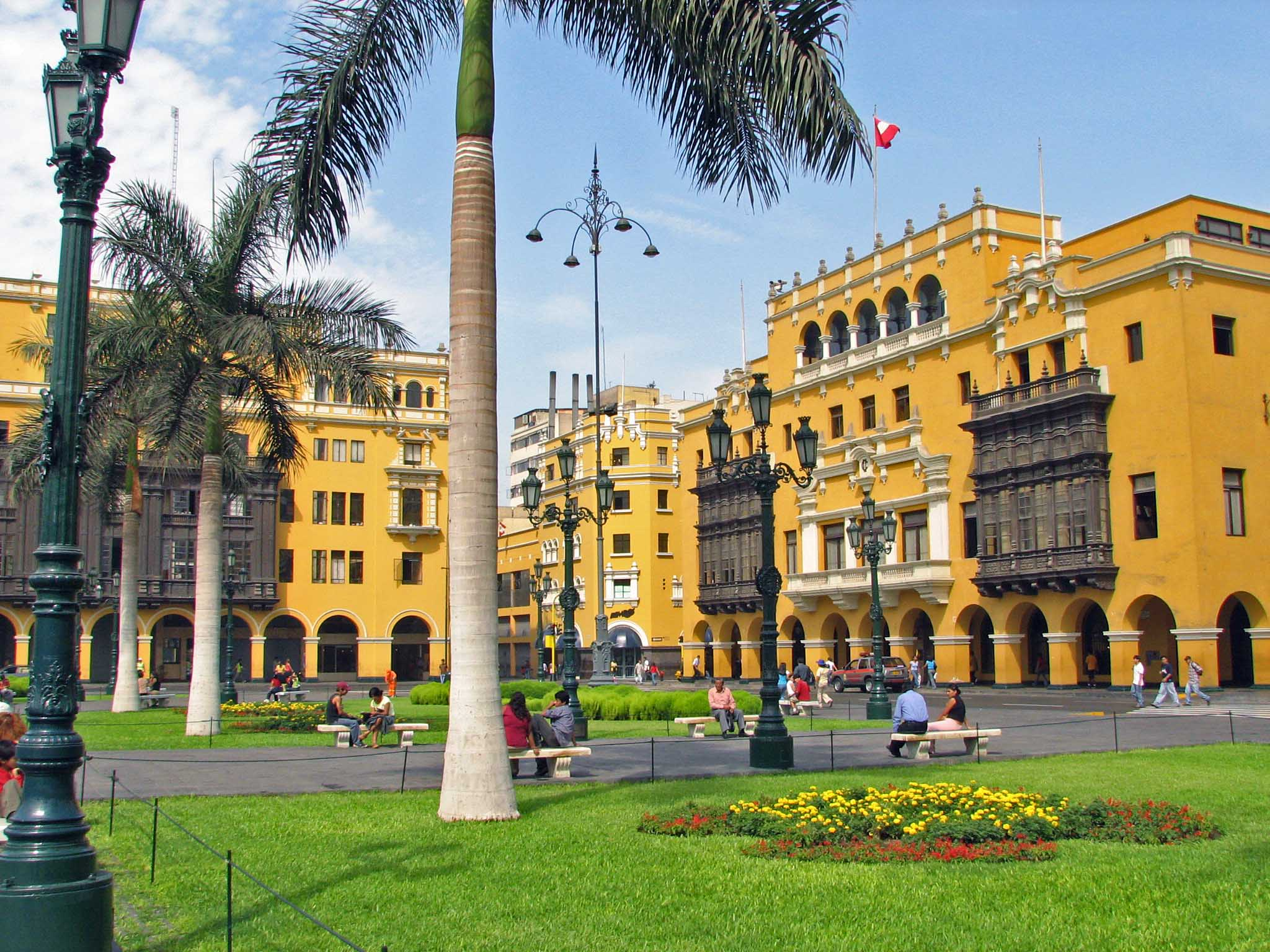 Plaza_Mayor_Lima_Peru