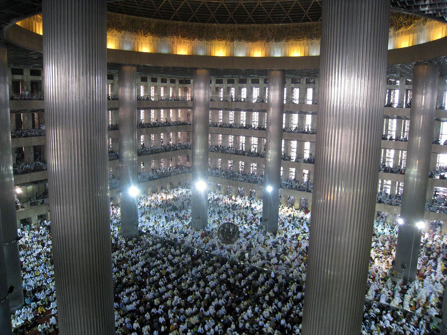Istiqlal Mosque Eid ul Fitr Jamaah 2