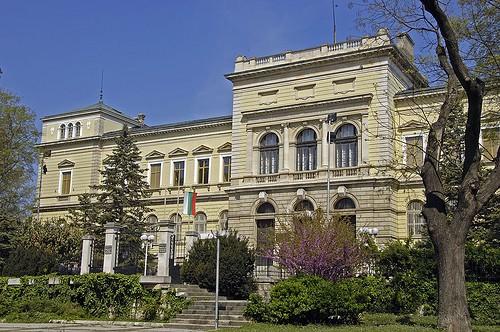 varna archaeological museum, varna in bulgaria