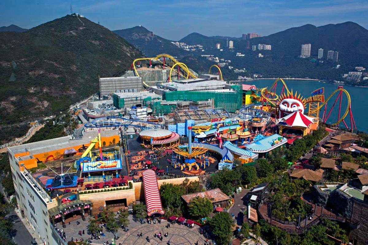 theme park tourism in hong kong essay Ocean park is the largest hong kong theme park and the ocean park hong kong covers more than 870000 the above mentioned attractions of this theme park are.