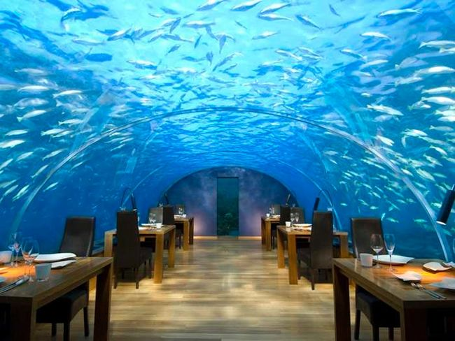 meeting room in Dubai Underwater Hotel
