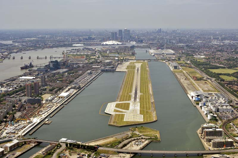 London City Airport run way