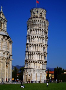 tower of pisa beautiful view