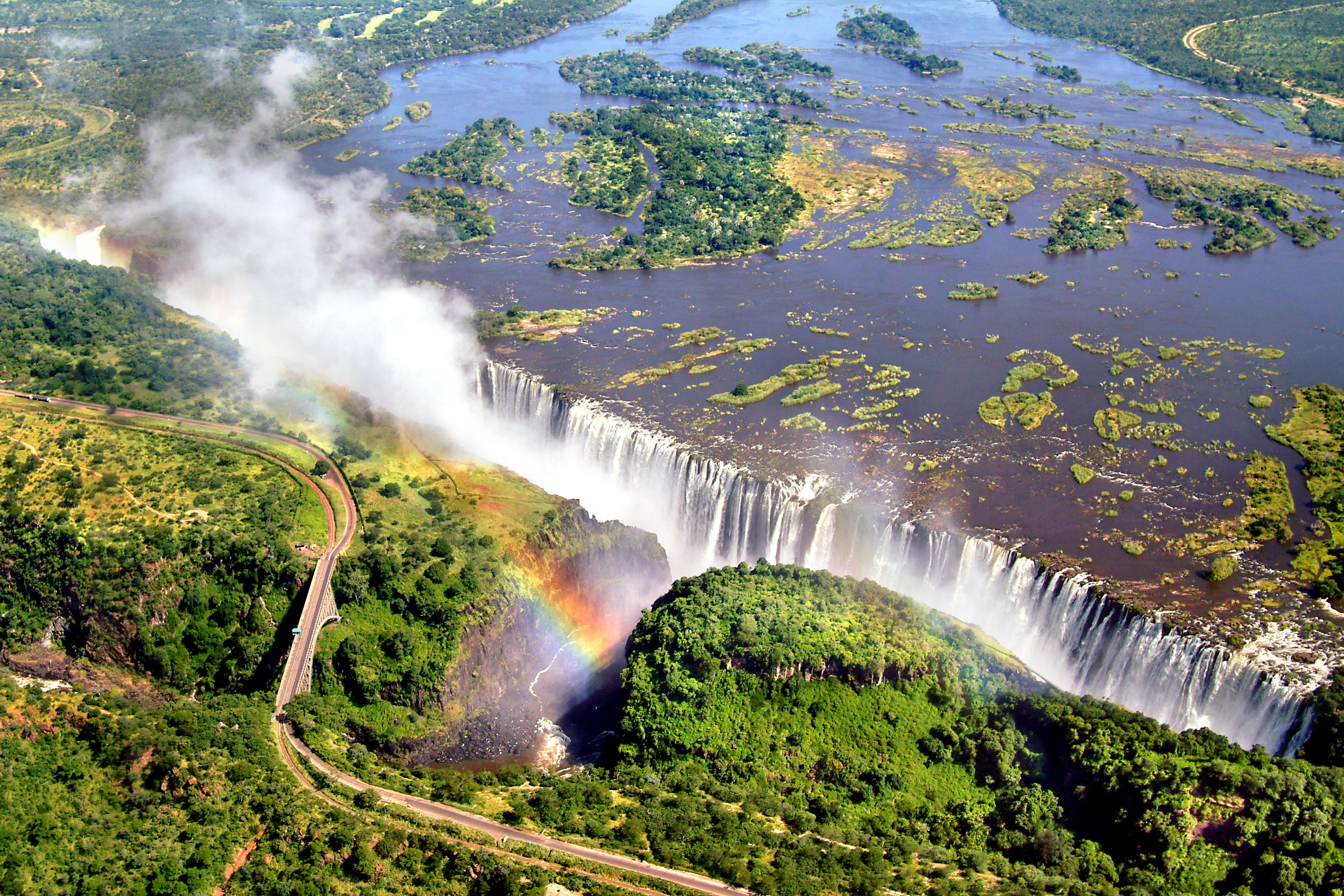 Victoria Falls on the border