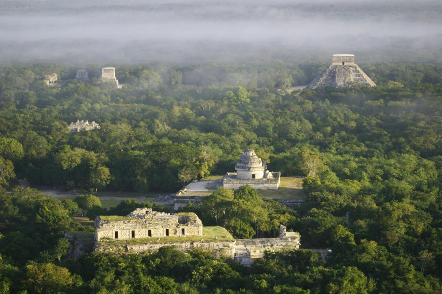 bird's eye view of chichen itza