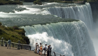 niagara falls, the best tourist attraction in canada