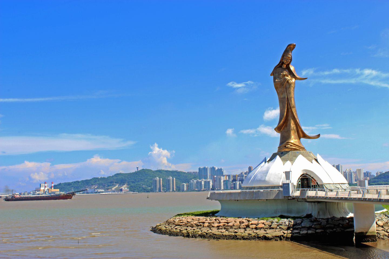 kun-iam-statue-macau