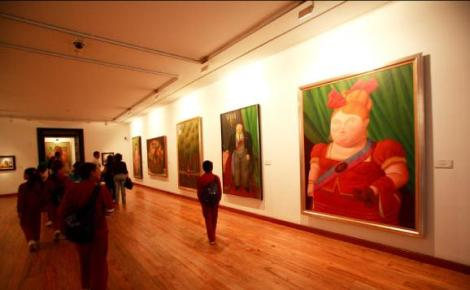 "Fernando Botero is Colombia's best known artist, famous for his depictions in paint and sculpture of ""the fat ones"