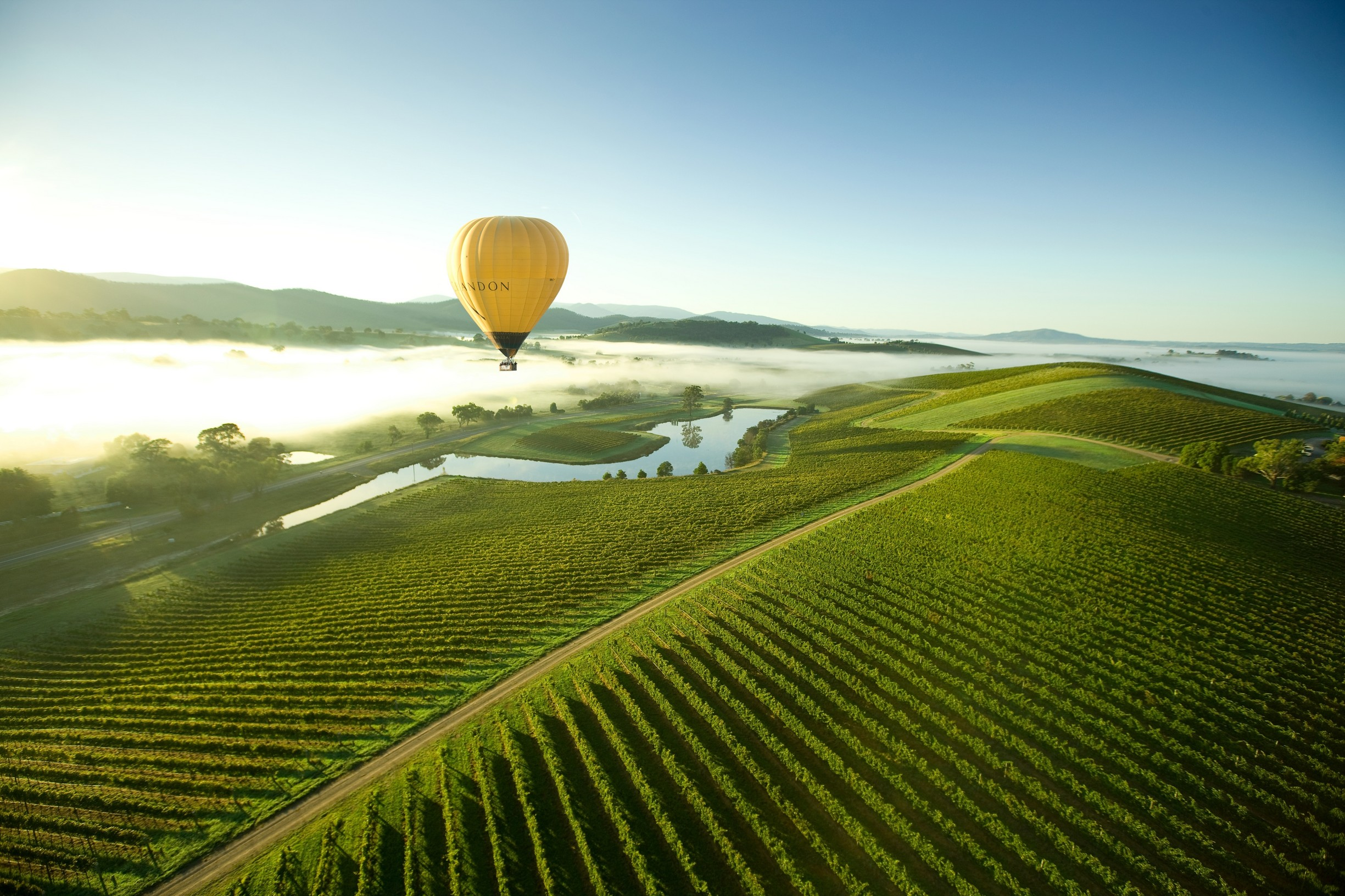 yarra valley from hot air baloon