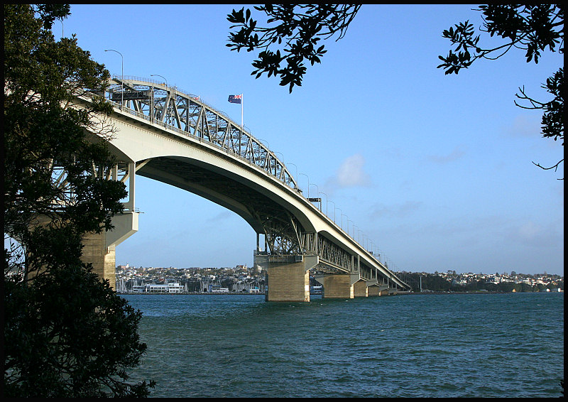 bridge spanning the waitemata harbour
