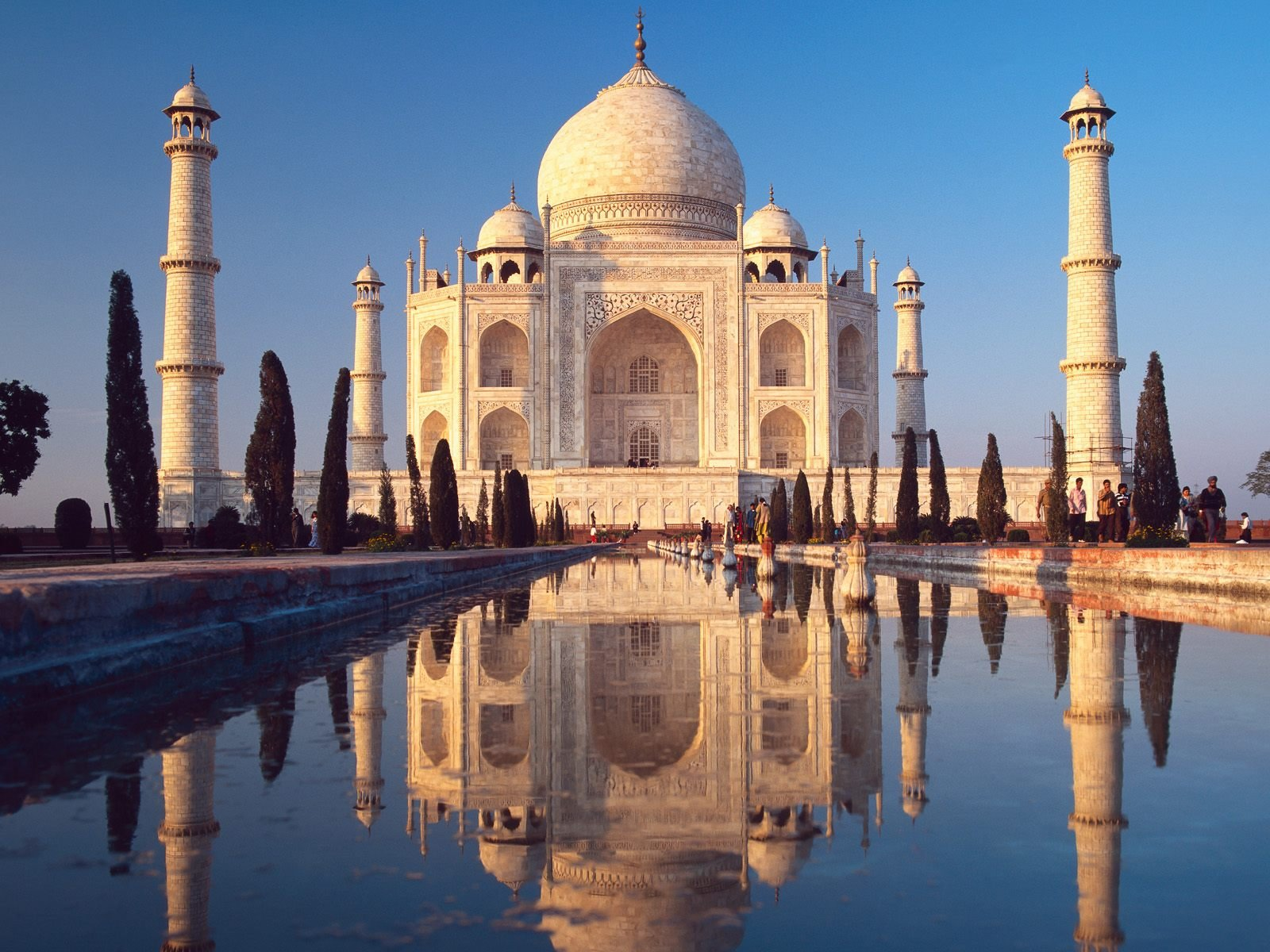 Taj mahal is a symbol of emperor's love