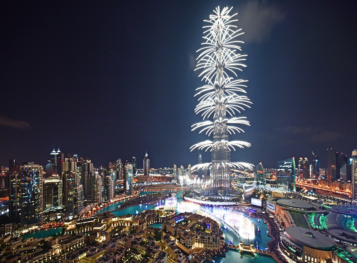 fireworks at burj khalifa at night