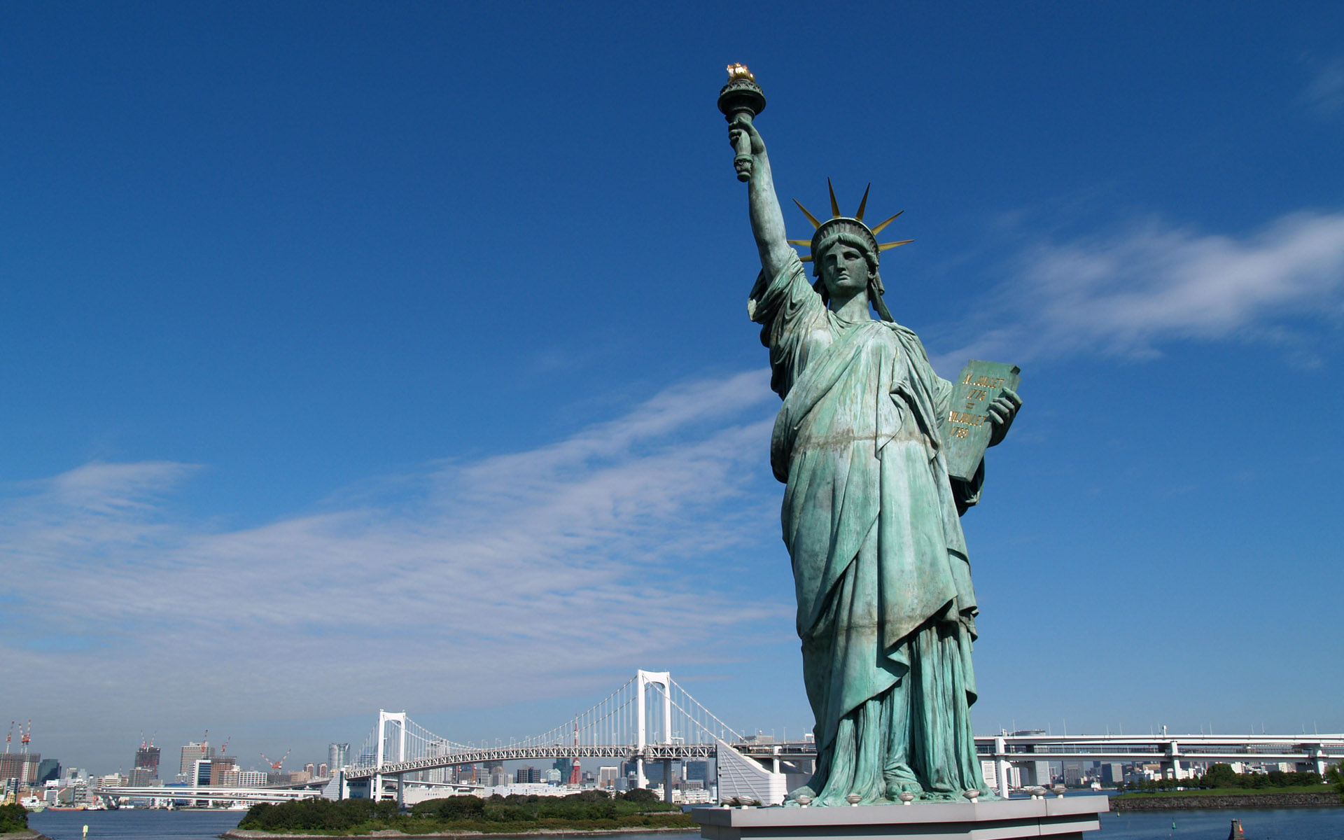 statue- of- liberty -in -nyc