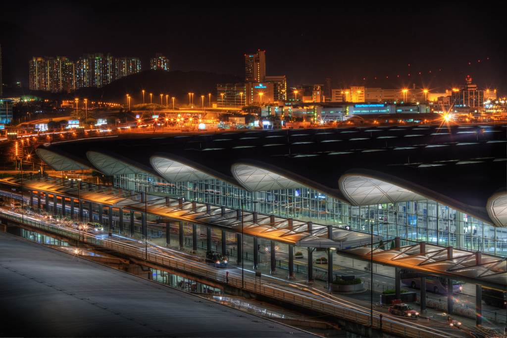 hong kong airport at night