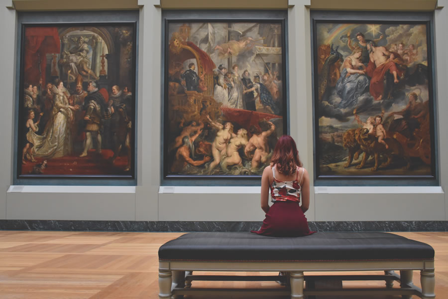 painting are kept in the louvre